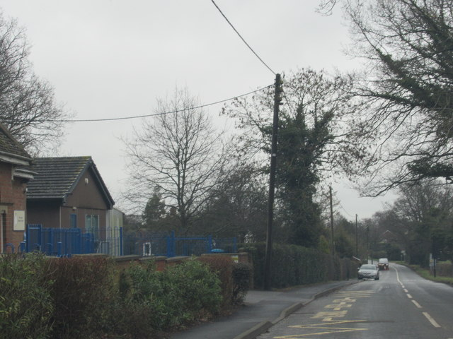 Wolverton Road Passing Wolverton Primary School