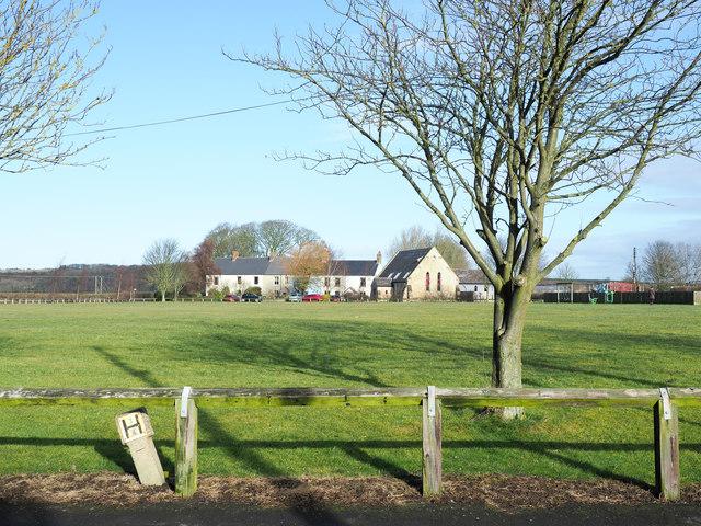 Grassed area, Littletown