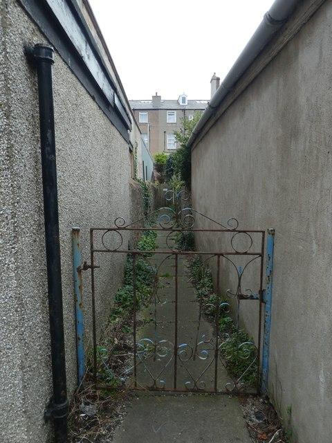 Narrow passage way off Victoria Street
