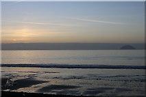 NX1896 : Ainslie Shore by Billy McCrorie
