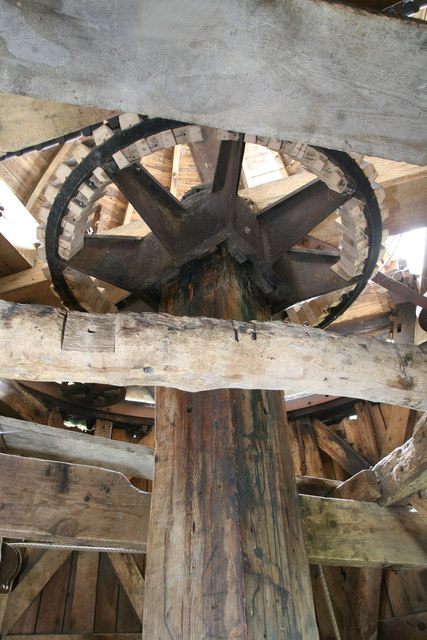 Impington Windmill - the wallower