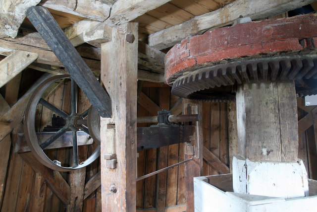 Impington windmill - mainshaft and sack hoist drive