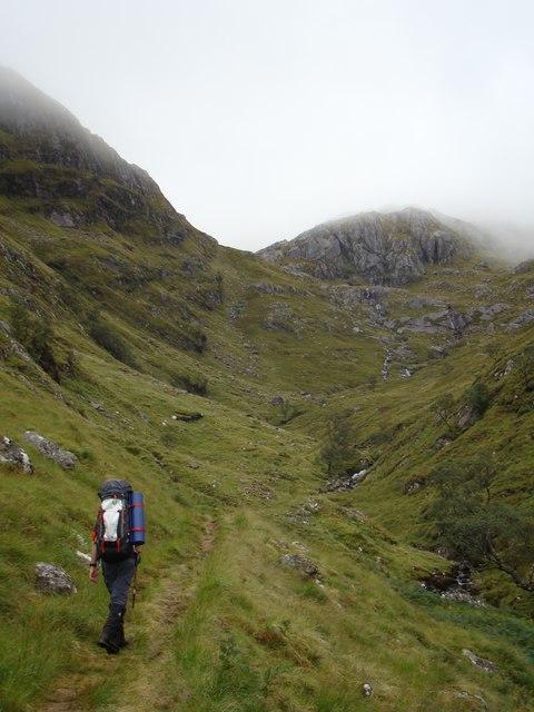 Hiking up Gleann Unndalain