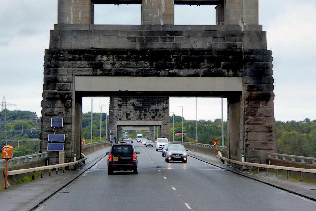 North Wales Expressway, Pont Britannia