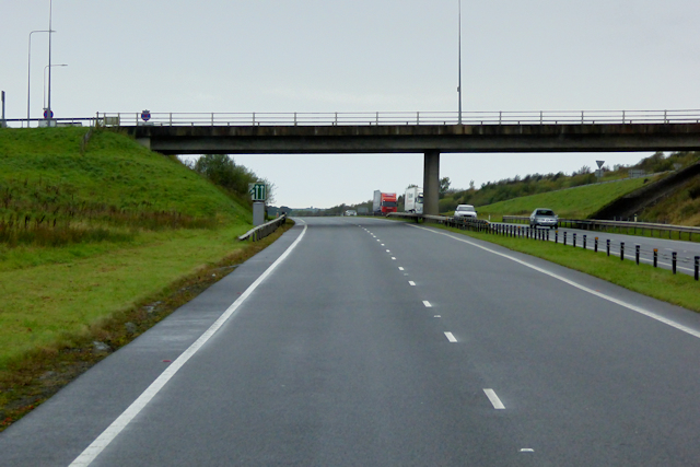 North Wales Expressway, Bridge at Junction 7