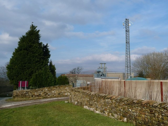 Telecoms mast, off Robin Lane