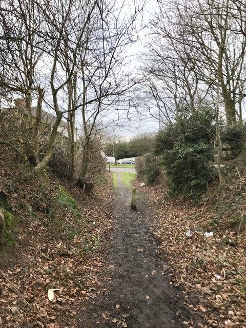 Footpath leading off A34