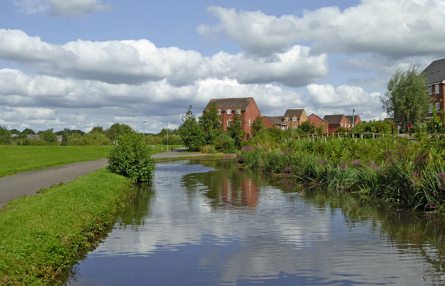 Staffordshire and Worcestershire Canal near Kidderminster