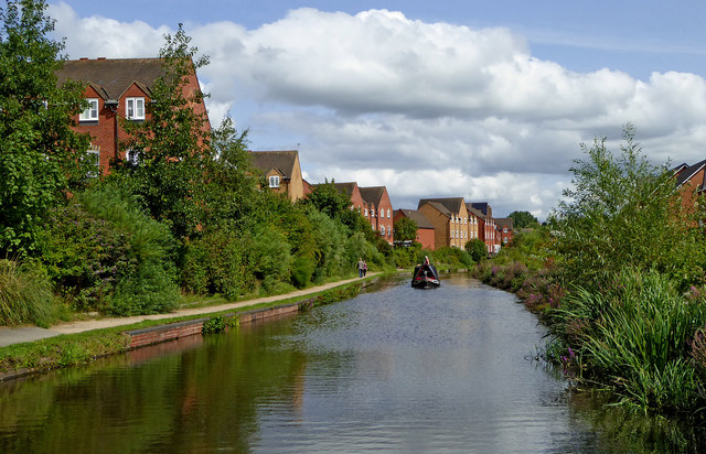 Staffordshire and Worcestershire Canal near Kidderminster, Worcestershire
