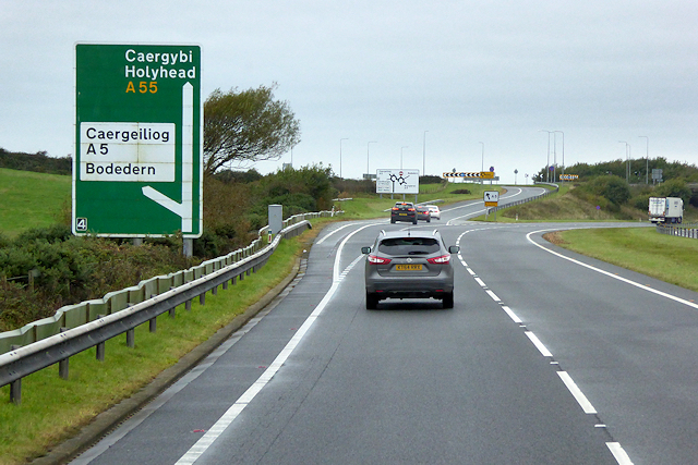 North Wales Expressway, Westbound Exit at Junction 4