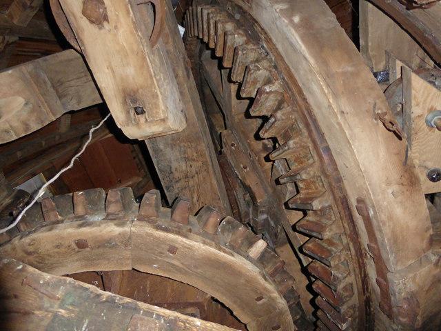 Northfield windmill, Soham - brake wheel and wallower
