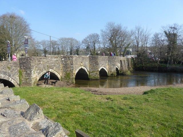 Lostwithiel: The old bridge