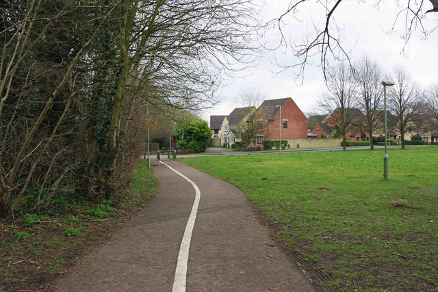 Footpath & cycleway to Edington Road, Witney, Oxon