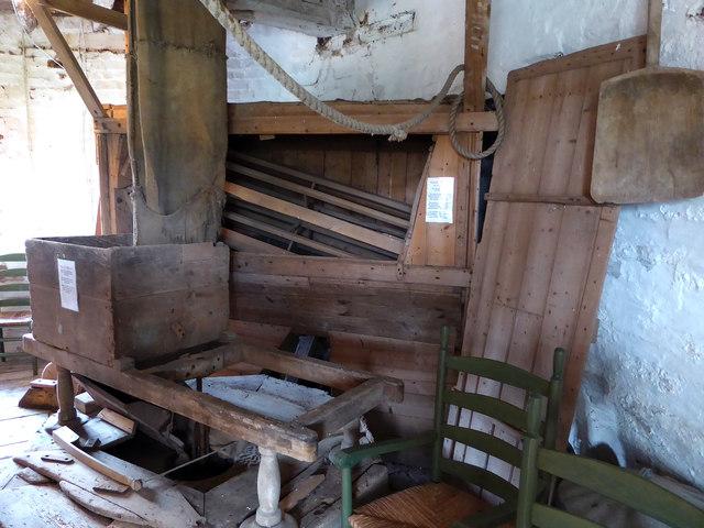 Great Mill, Haddenham - stone floor