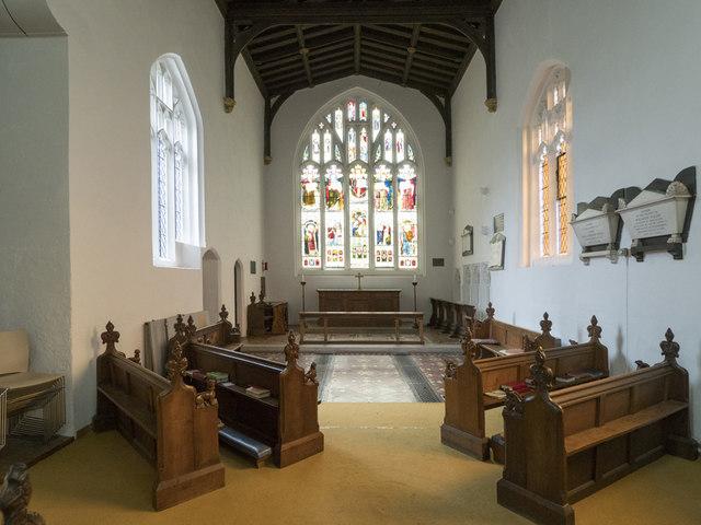 St Andrew, Chesterton - Chancel