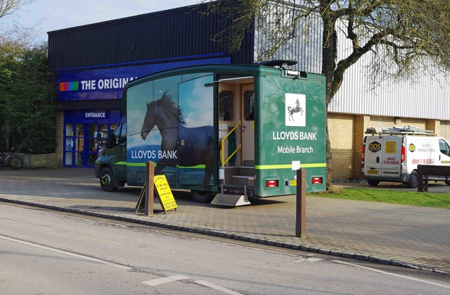 Lloyds Bank Mobile Branch (2), Market Square, Alvescot Road, Carterton, Oxon