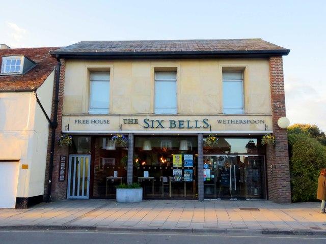 The Six Bells on St Thomas Street
