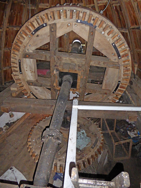 Great Mill, Haddenham - brake wheel and wallower