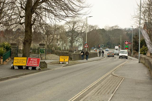 Warnings of a road closure at Woolley Lodge on Pilton Causeway