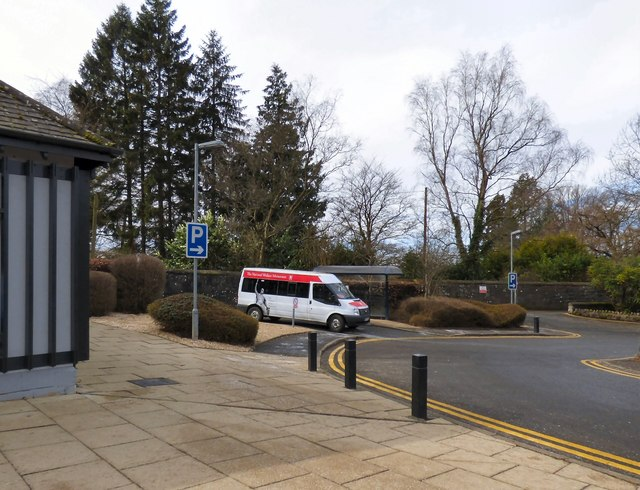 National Wallace Monument minibus