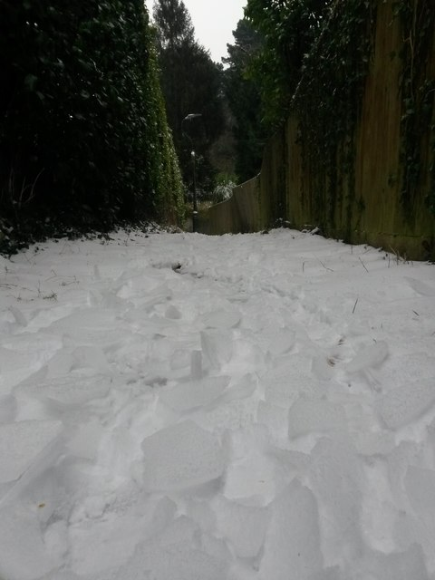 Northbourne: cracked ice over snow on footpath O09