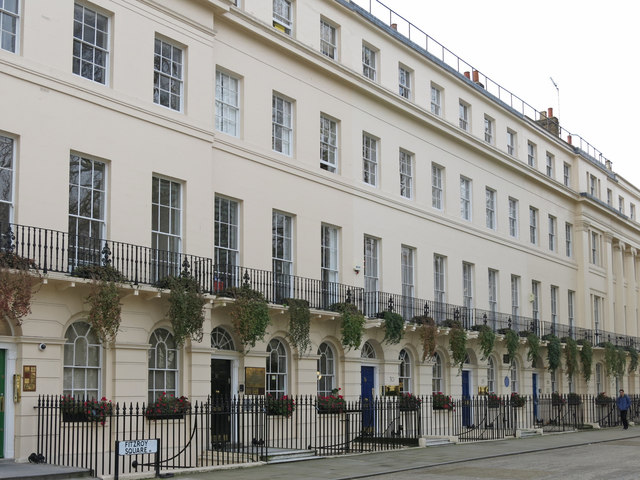 Fitzroy Square (west side), W1