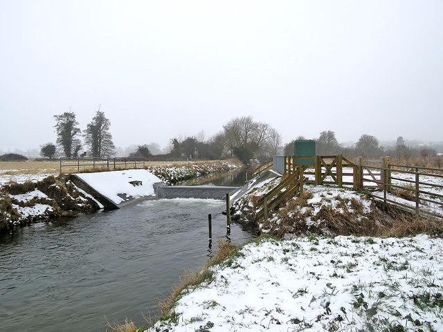 By the weir near Haslingfield in March