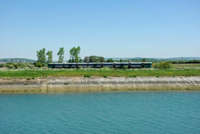 Train on Littlehampton branch
