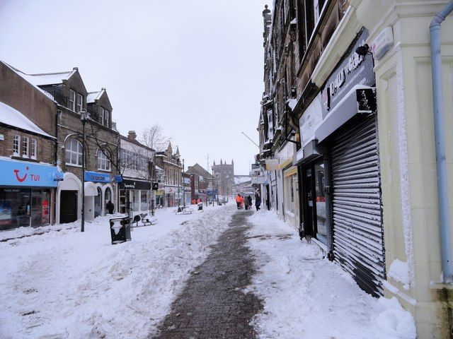 Middle Street in Consett in the snow