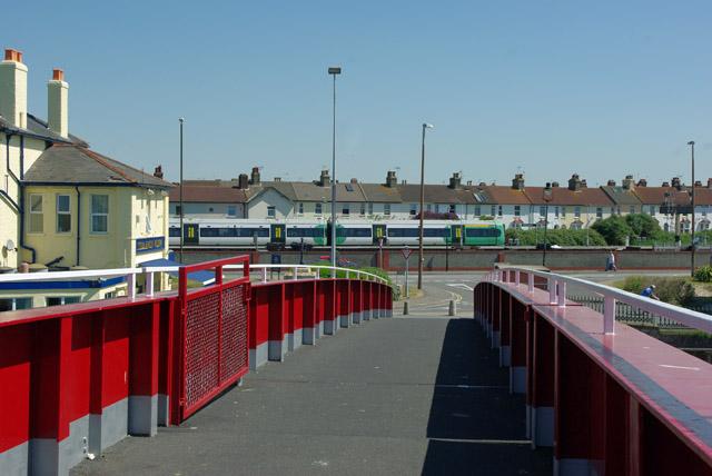 East span of retracting bridge, Littlehampton