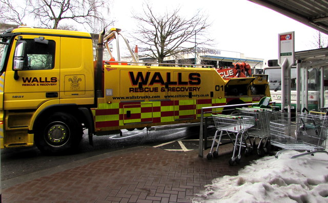 Walls rescue & recovery vehicle in Cwmbran bus station