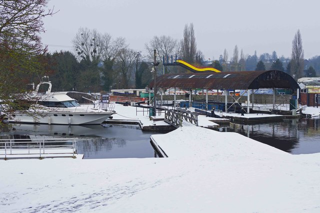 Snow at the Lower Basin, Stourport-on-Severn