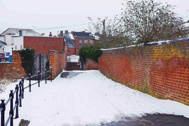 Snow in Engine Lane, Stourport-on-Severn