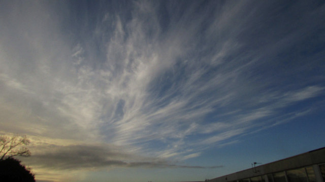 Cirrus over St Vincent's Road, Torquay