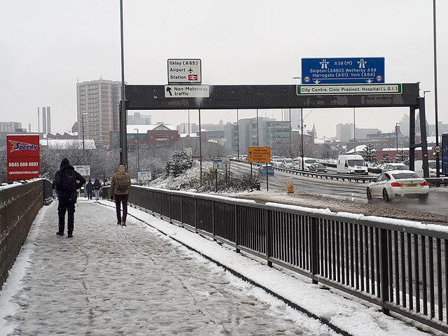 Sudden snowfall in Leeds