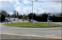 ST3096 : Roundabout at crossroads at the edge of Croesyceiliog, Cwmbran by Jaggery