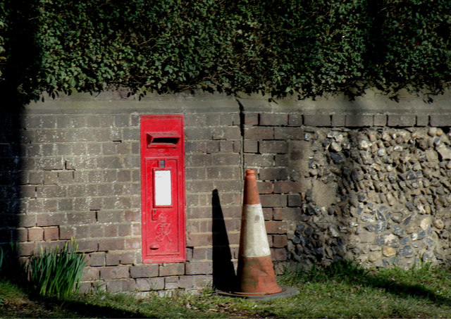 New Mill End George VI Postbox