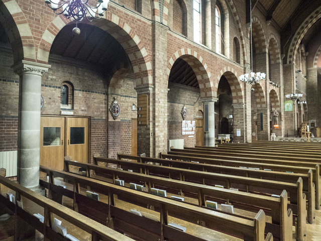 St Widefride, Latimer Road - North arcade