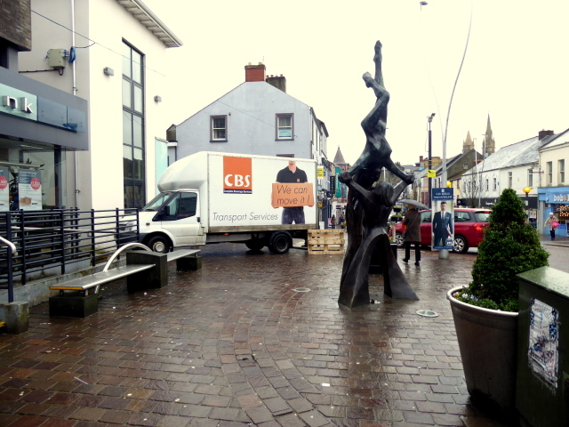 Balance sculpture, Omagh