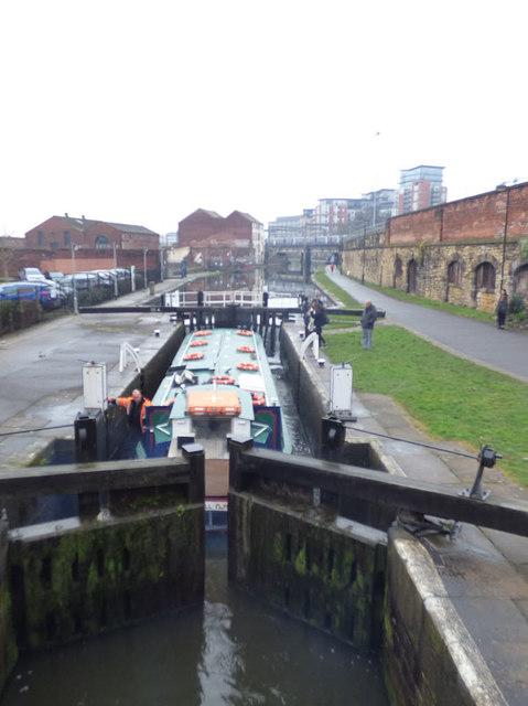 Boat in Office Lock, Leeds