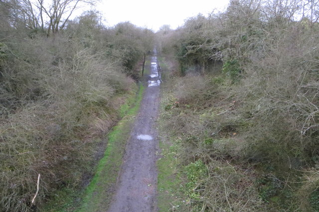 Path along the course of the dismantled railway