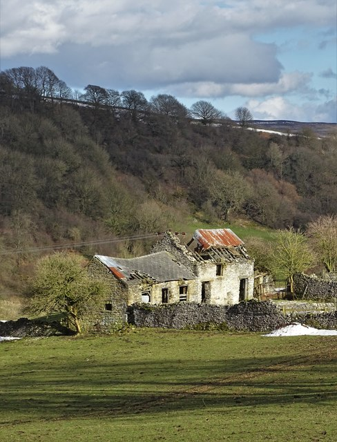 Old farm buildings  between Eyam and Stoney Middleton