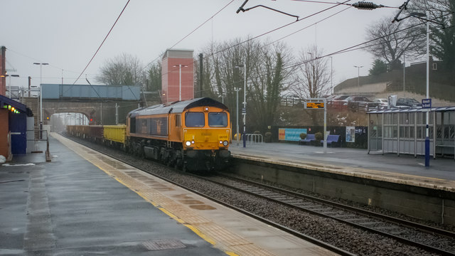 Class 66 passing through Alnmouth Station