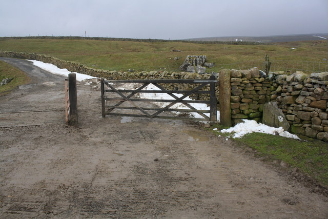 Dales Way approaching the B6255