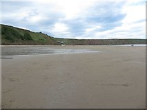 TA1280 : The northern end of Filey Bay by Graham Robson