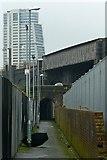 SE2932 : Footpath off Bridge Road by Alan Murray-Rust