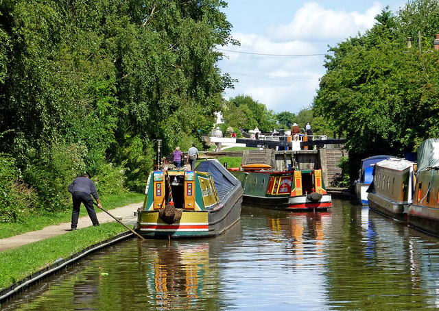 Congestion at Glascote Locks near Tamorth, Staffordshire
