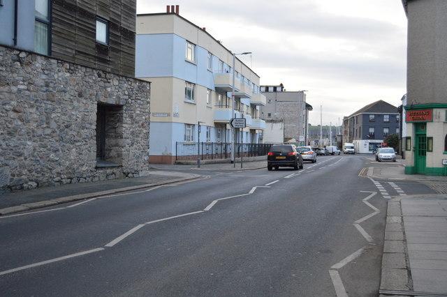 Vauxhall St
