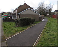 ST3096 : Path on the southwest side of Edlogan Way, Croesyceiliog, Cwmbran by Jaggery
