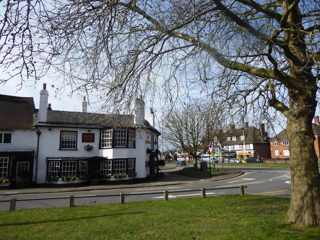The Red Lion Inn seen across Royal Lane